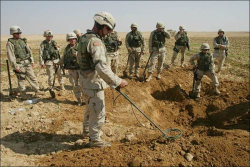 ' Obama Bans Land-Mines Against Congress Advice '